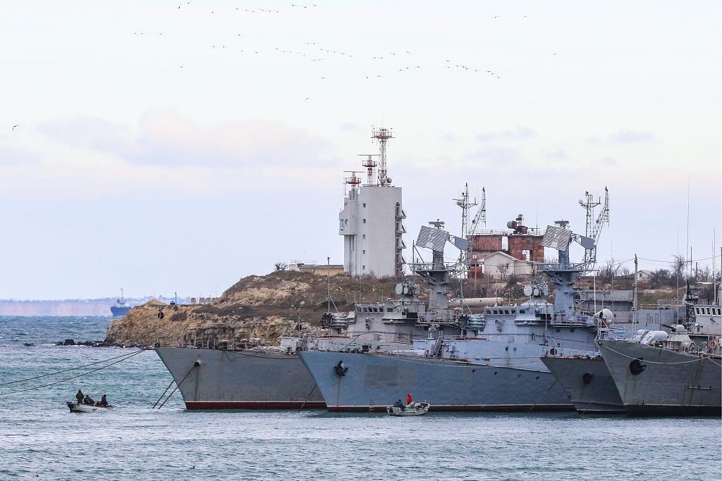 Ukraine says Russia rams navy tugboat off Crimea