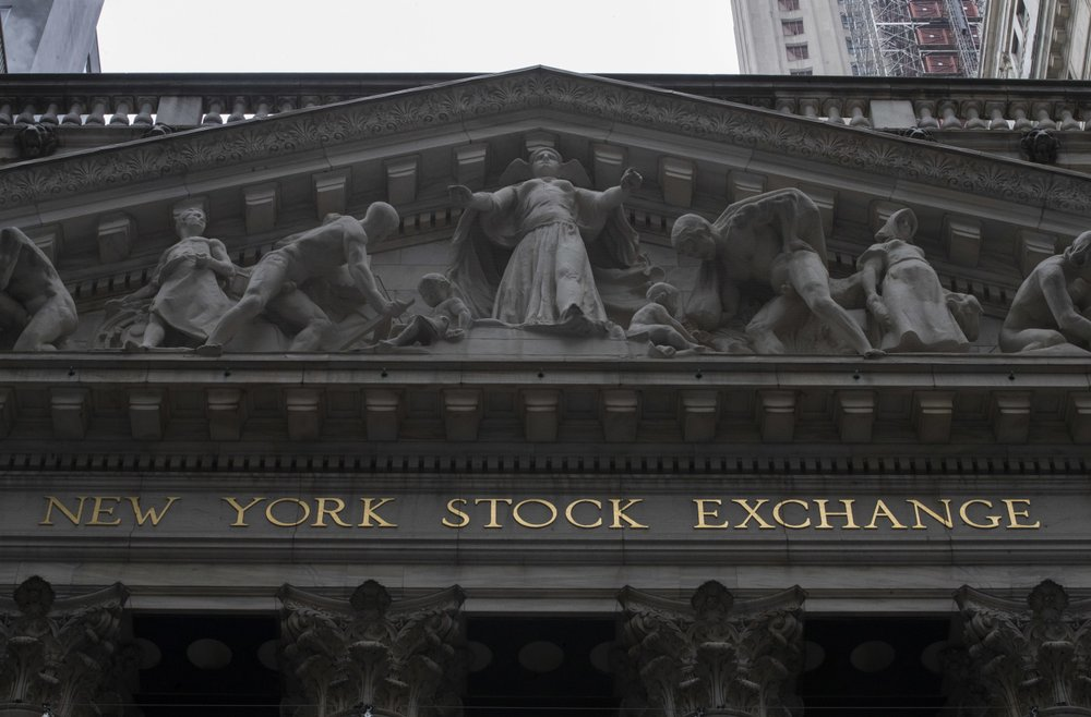 Technology and retail companies lead US indexes higher