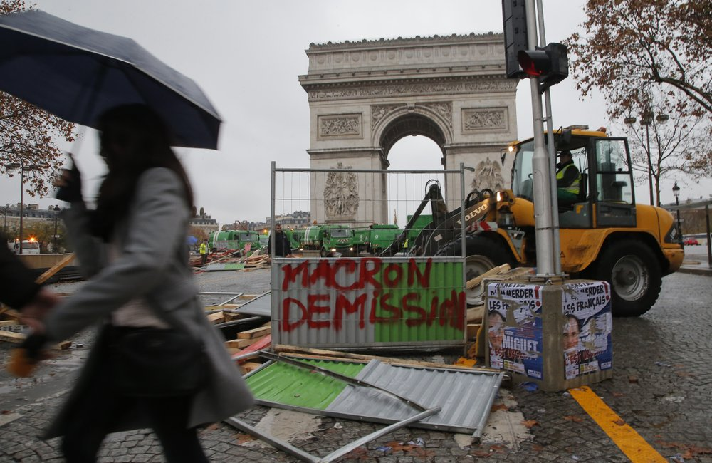 Macron's government stands tough against violent protesters