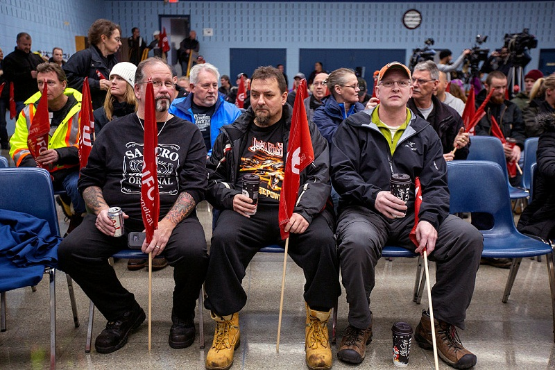 GM to layoff nearly 15000 workers in North America