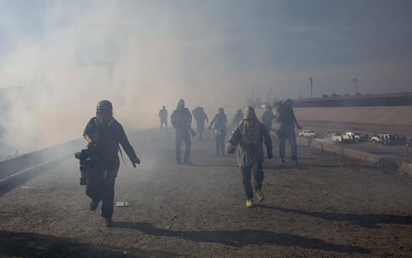 US-Mexico Border clash leaves caravan migrants dejected, worried