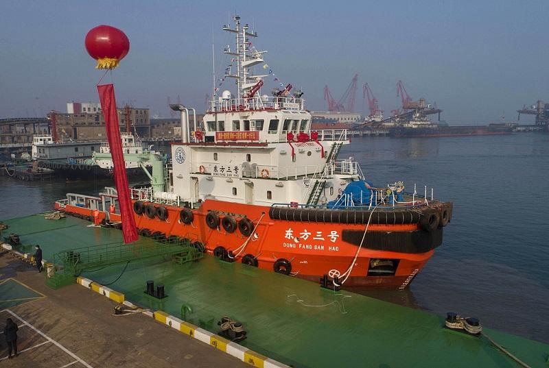 Tug of the future at Lianyungang Port, Jiangsu
