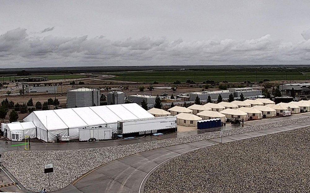 Desert detention camp for migrant kids still growing