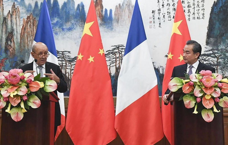 Chinese, French FMs hold phone talks over G20 summit, climate change