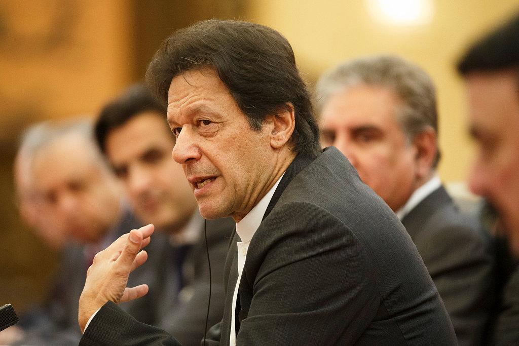 Pakistani PM vows reforms to boost development