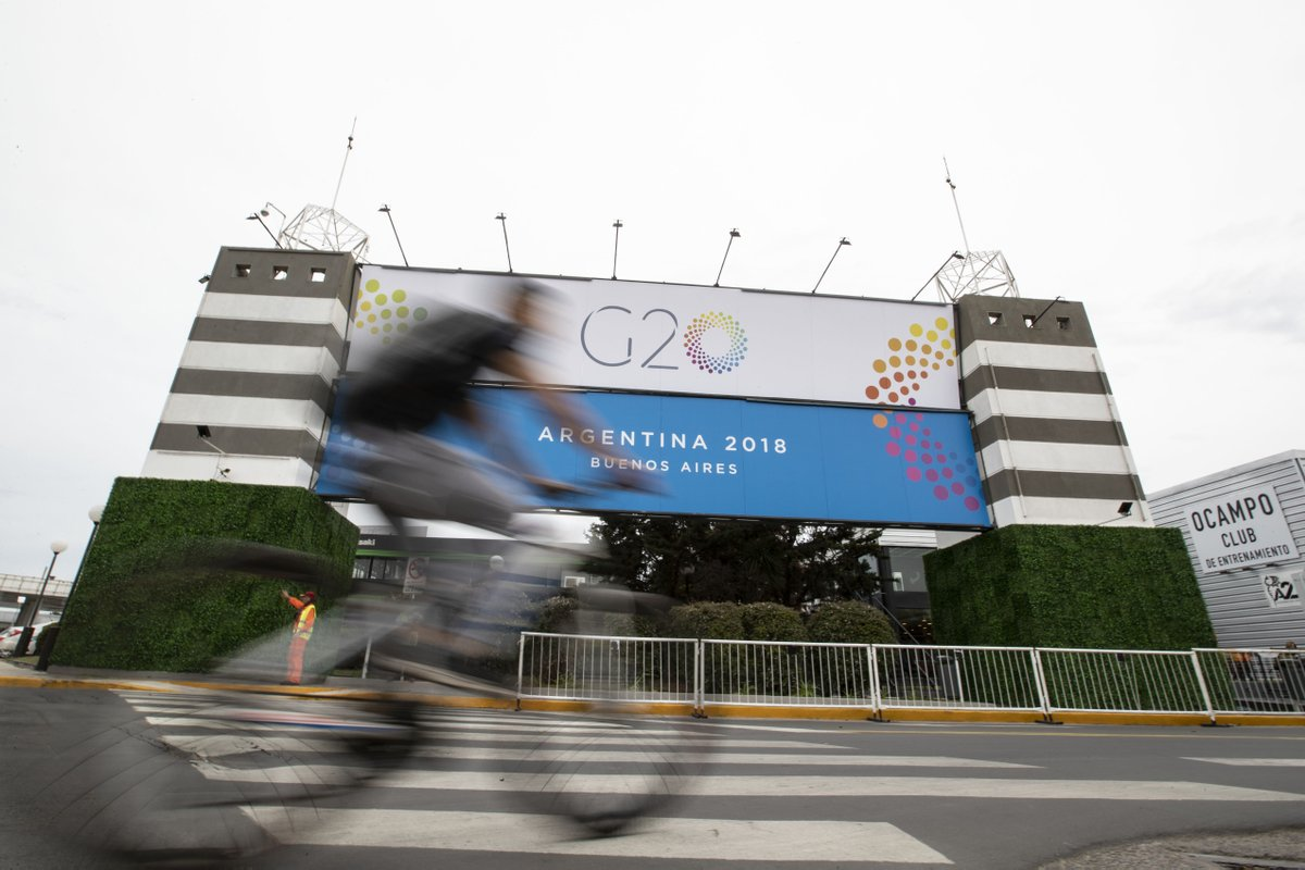 Xi, other G20 leaders gather to build consensus for fair, sustainable development