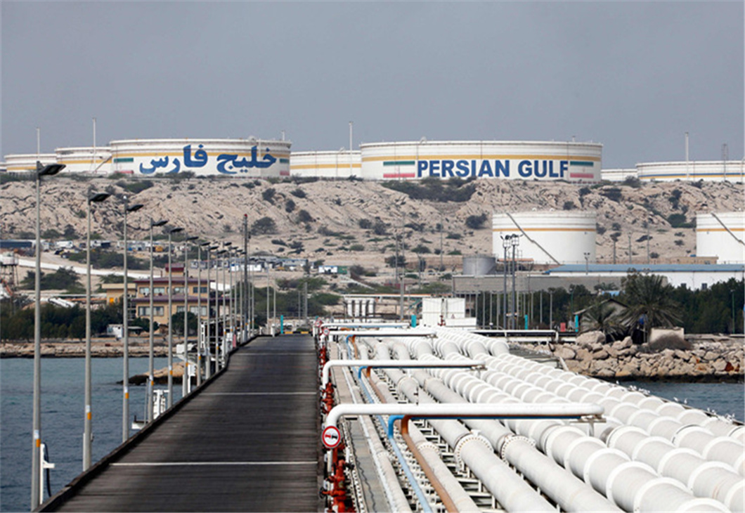 Iran hails oil-for-goods deal with South Korea