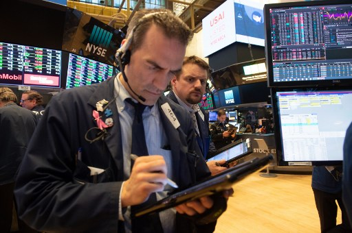 Dow tumbles 3% as Wall Street shares fall further