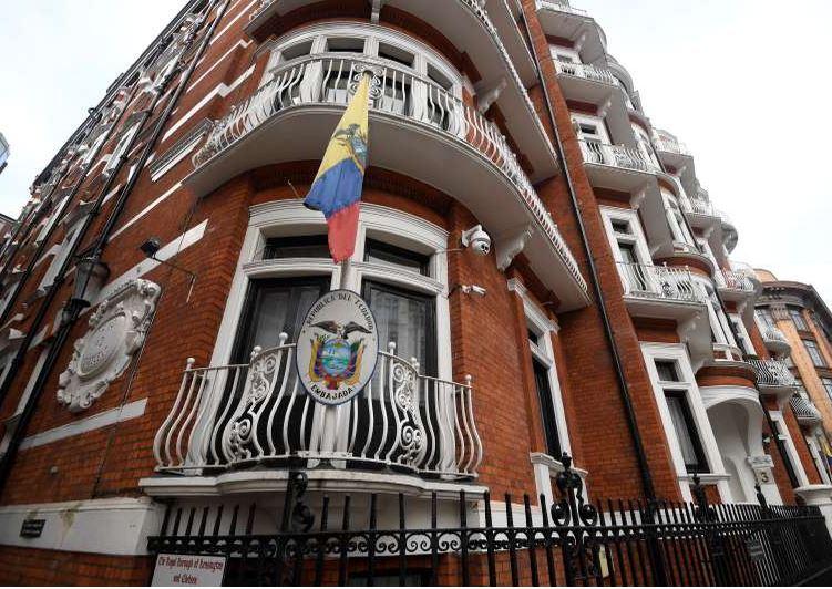 Ecuador: Enough UK guarantees for Assange to leave embassy