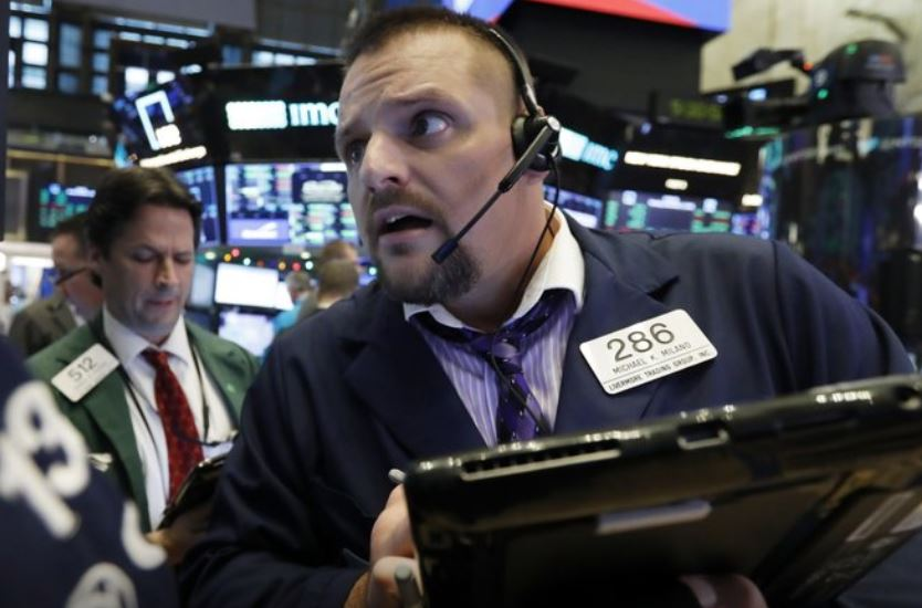 Stocks plunge again, led by technology