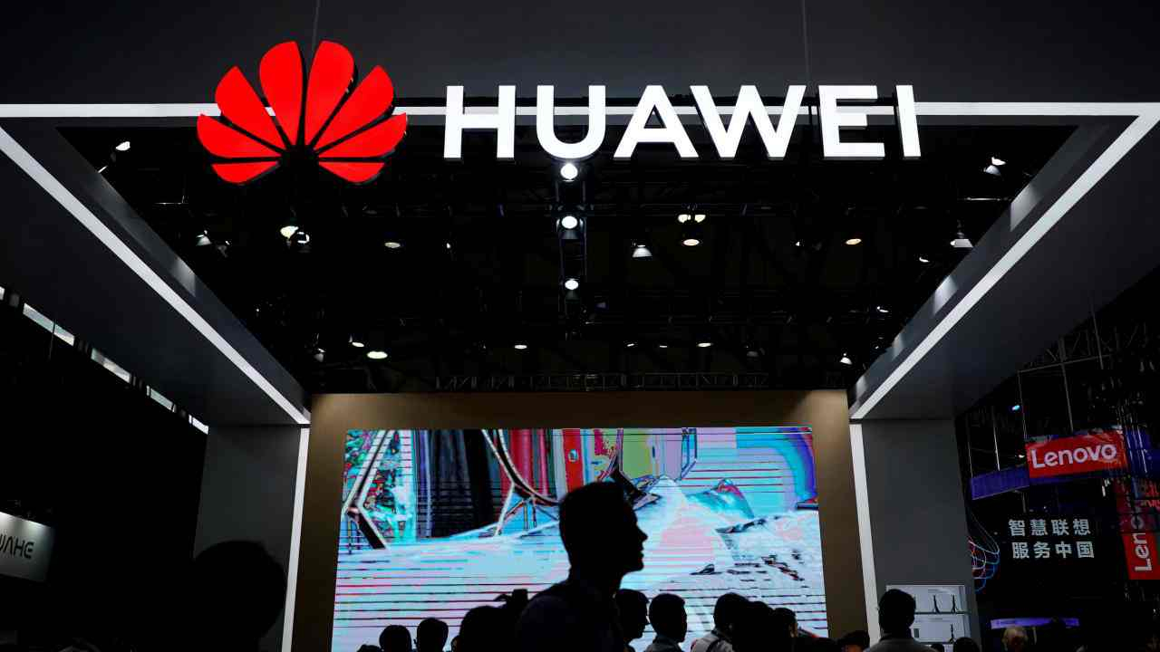 Finance minister says Huawei's investments 'welcome' in France