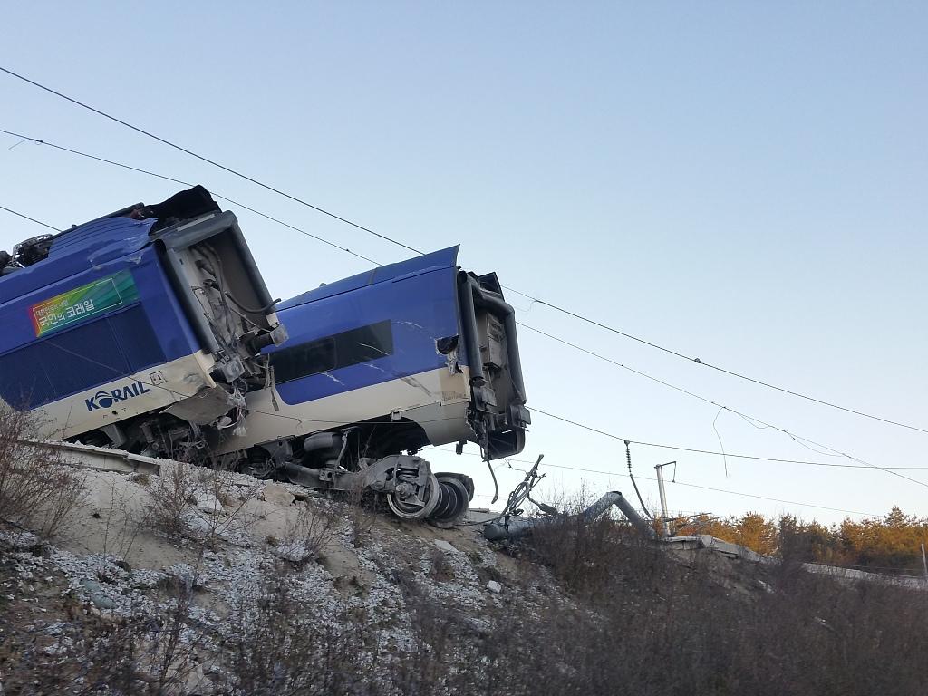韩国列车.jpg
