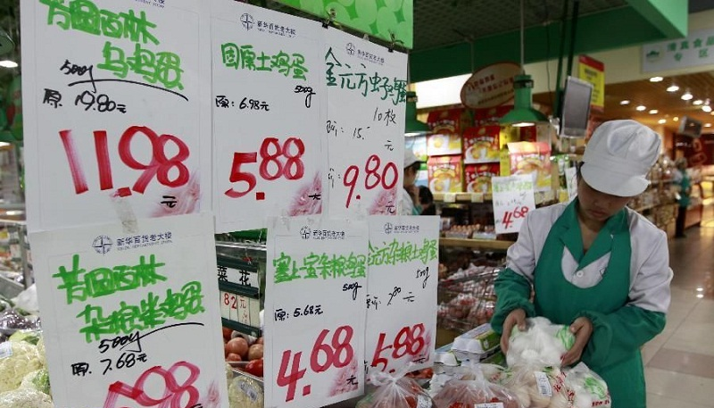China's consumer inflation up 2.2 pct in November