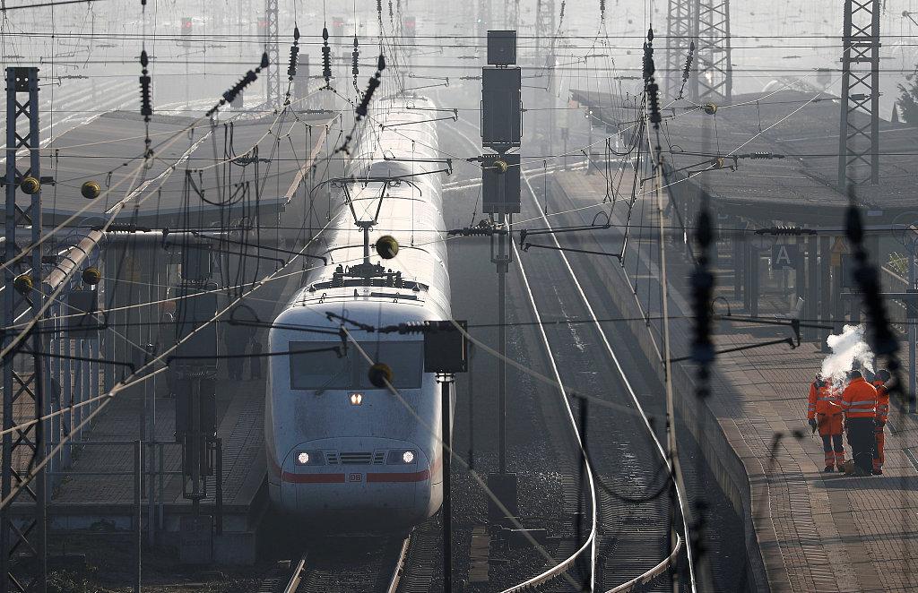 german rail.jpg