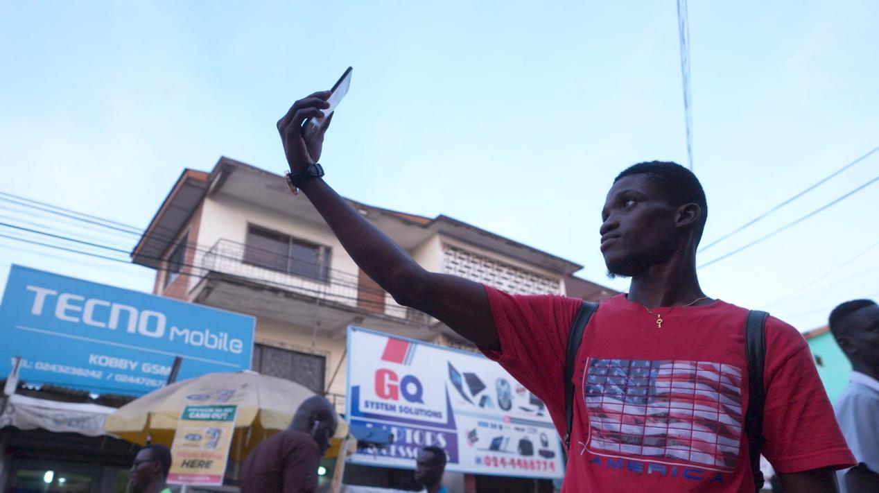 smartphone to Kenyan market CGTN.jpg