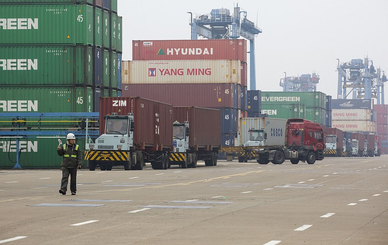 Port of Ningbo Zhoushan annual container process exceeds 25 million TEU