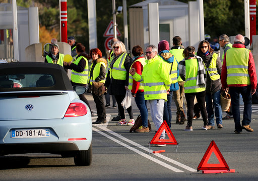 'Yellow vest' protester dies in France after being hit by truck: prosecutor