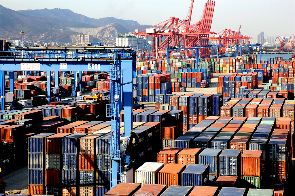 China's foreign trade growth to remain stable in 2019: report
