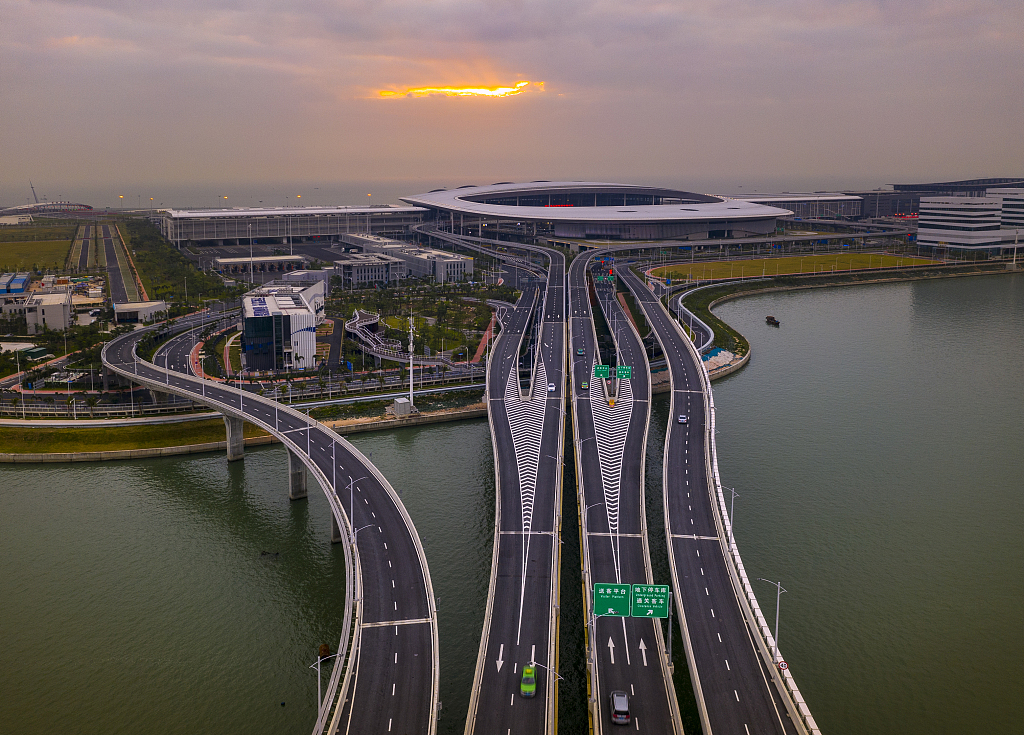 珠港澳大桥.jpg