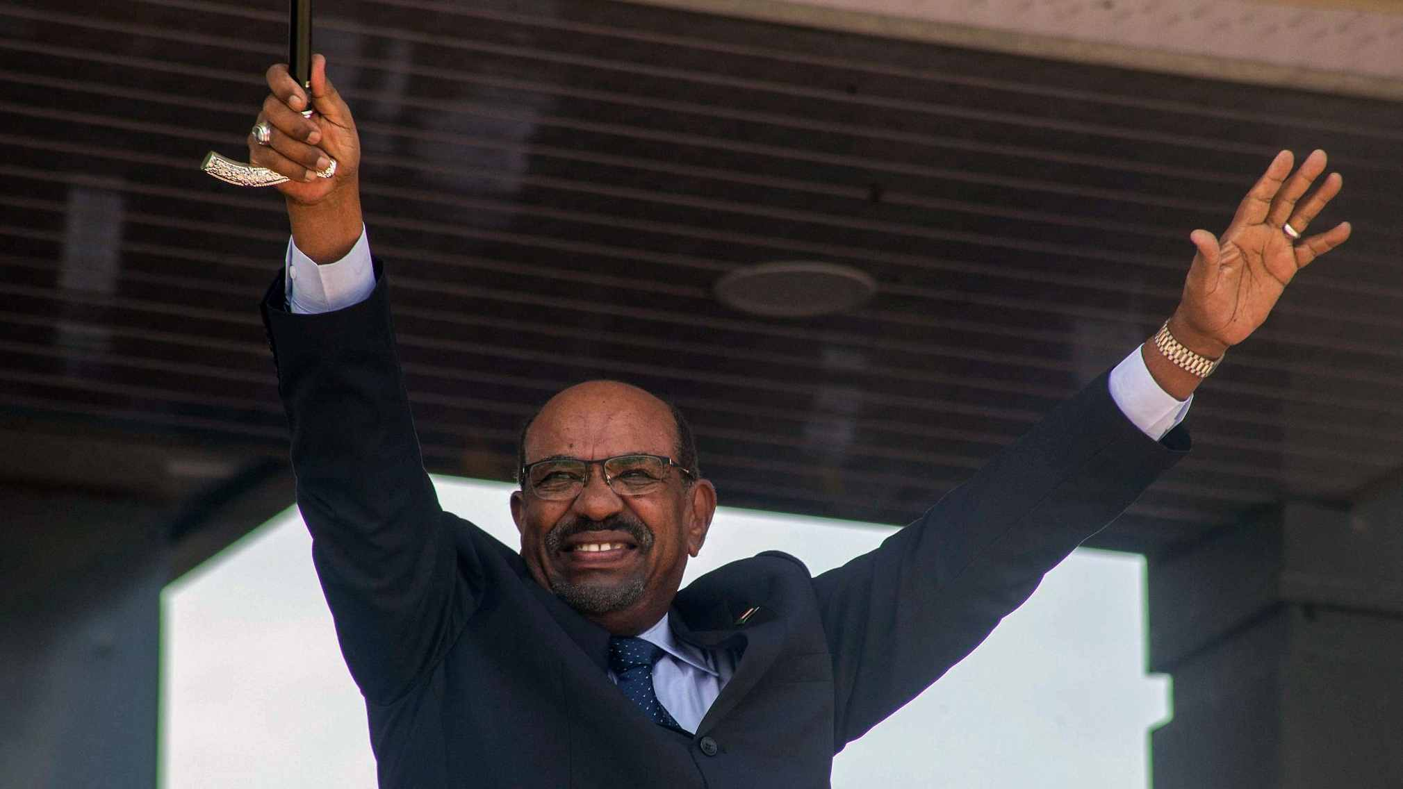 Sudan's president becomes first Arab leader to visit Syria since 2011