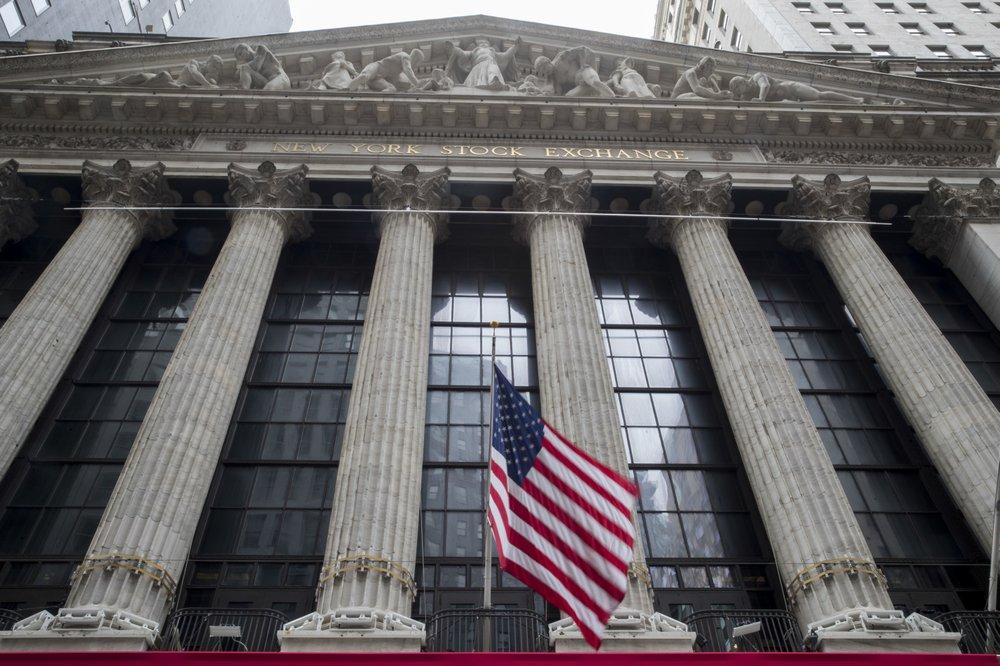 Tech stocks help pull Wall Street higher