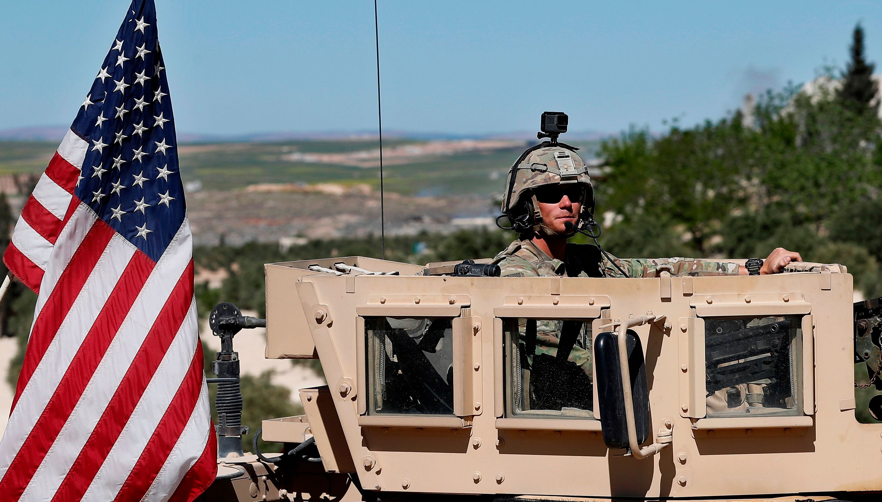 Trump orders withdrawal of US troops from Syria