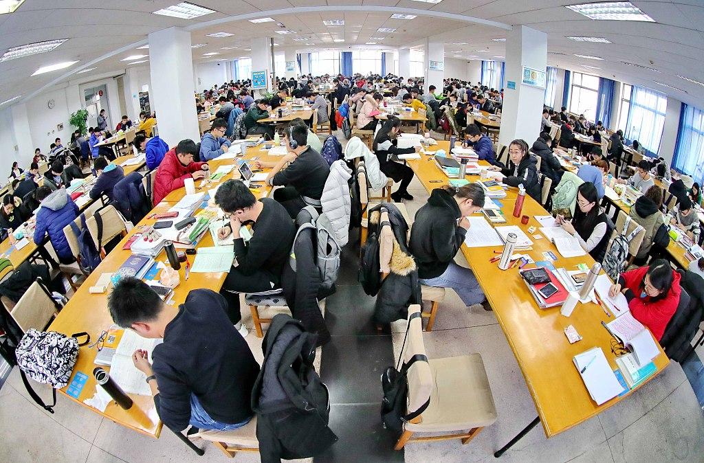 2.9 million Chinese to take postgraduate entrance exam