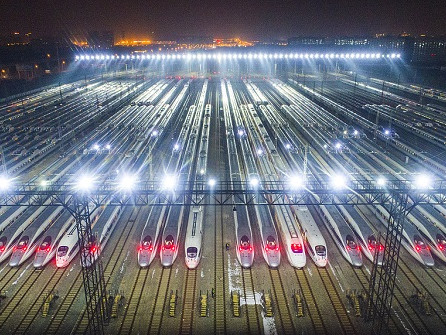 China expects 413 mln railway trips for Spring Festival
