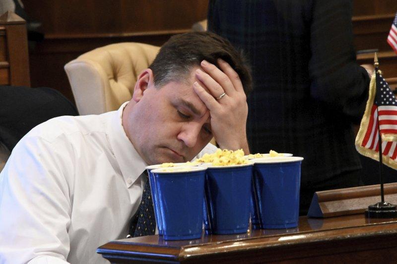 Michigan GOP lawmakers pass bills before Dem governor starts