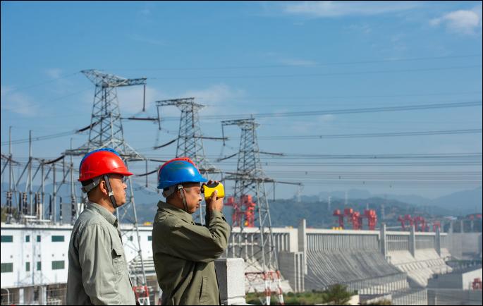 Three Gorges Dam generates record amount of power