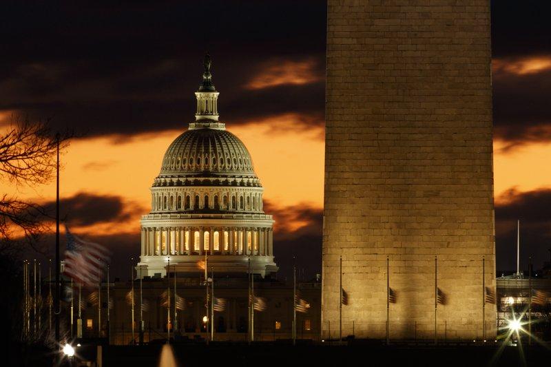 Holiday-season gridlock in DC brings partial federal closure