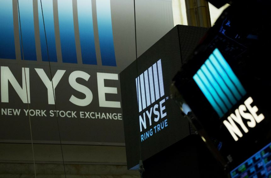 Third straight rout ends worst week for Dow, Nasdaq since 2008 crisis