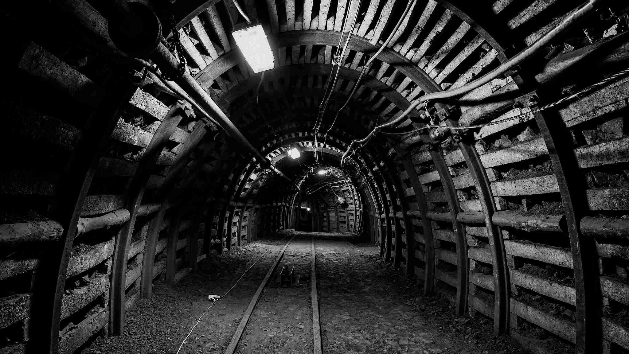 Five coal miners trapped in NW China