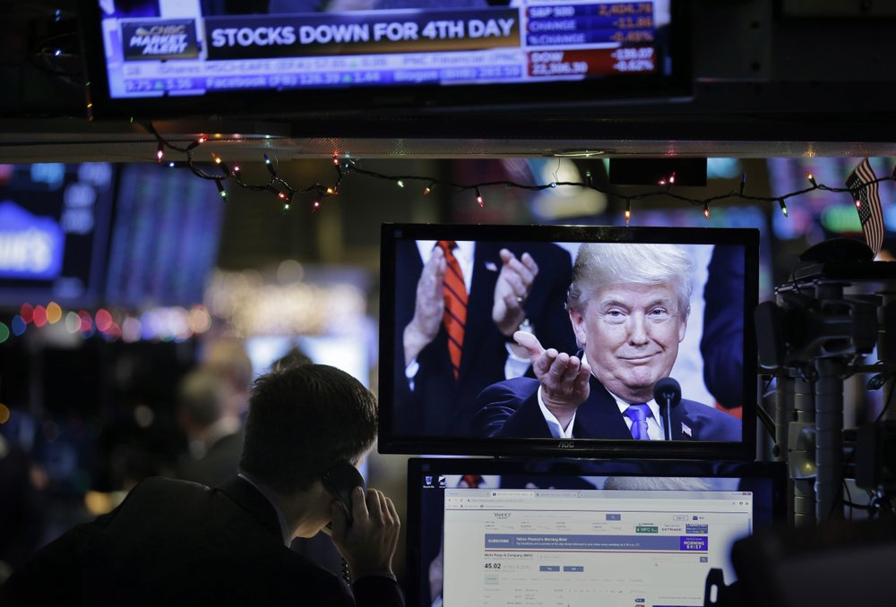Not very merry: US stocks plunge before Christmas