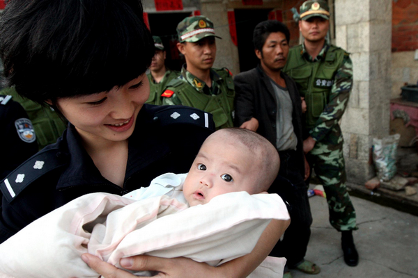 Chinese courts conclude over 2,800 cases of woman, child trafficking in 3 years