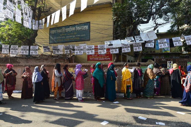At least 11 killed as Bangladesh elections underway amid violence
