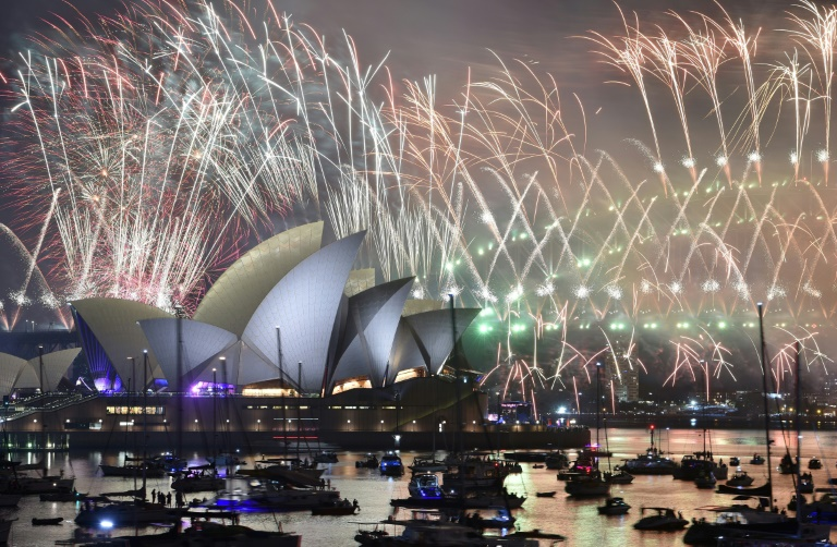 Sydney kicks off global 2019 parties with dazzling spectacle