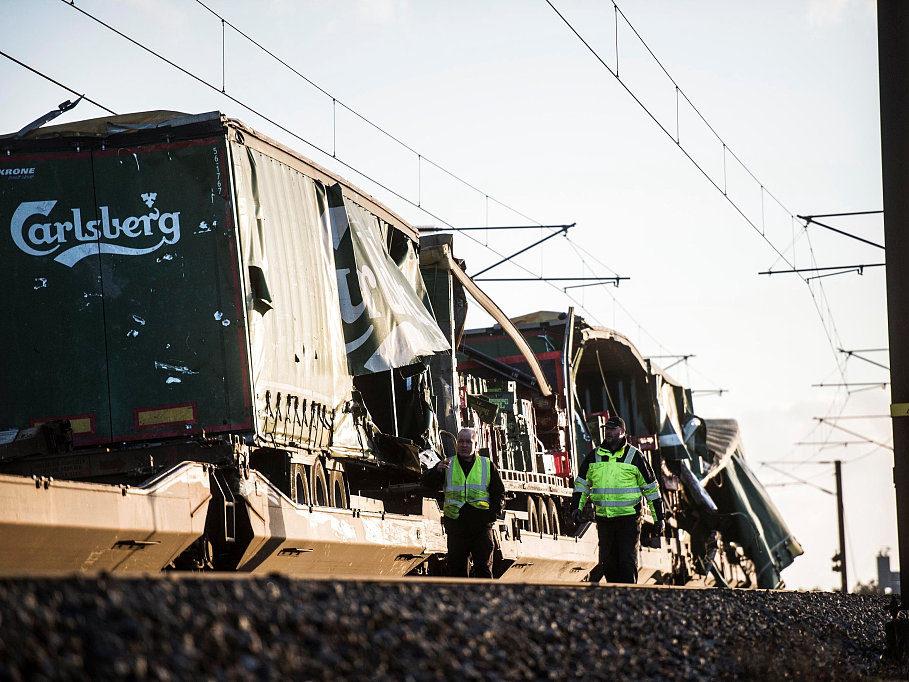 6 killed, 16 injured in Danish bridge train accident