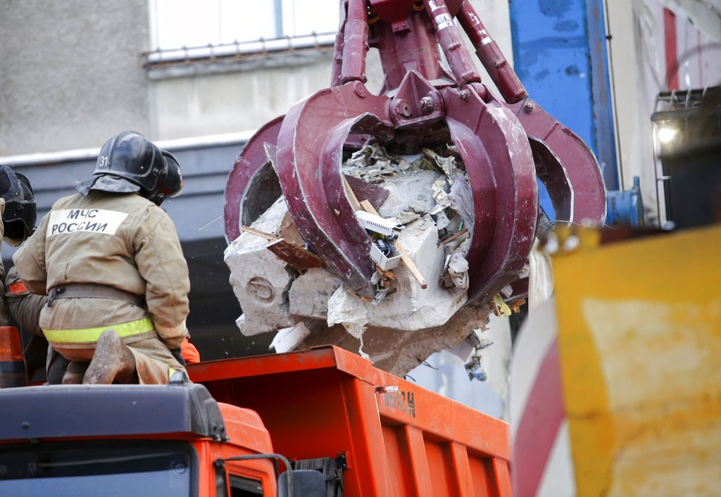 Death toll in Russian apartment collapse rises to 21