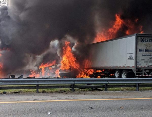 5 children among 7 dead in Florida highway crash