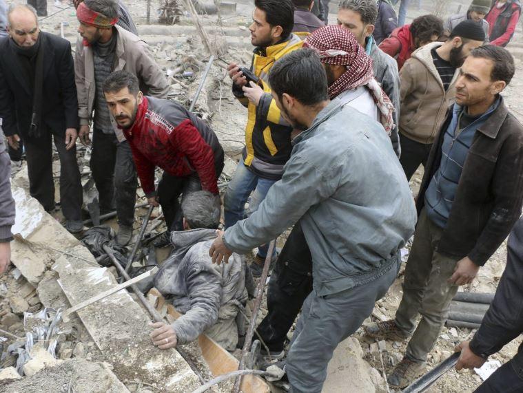 Airstrike on IS-held village in eastern Syria kills 10