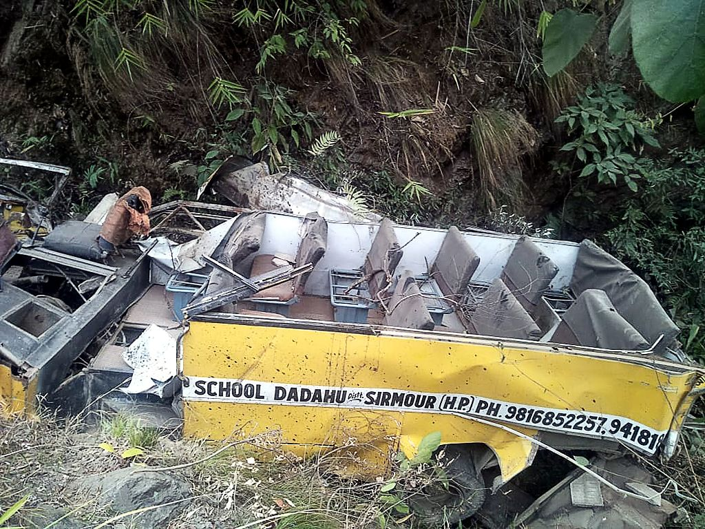 6 killed after school bus falls into gorge in India