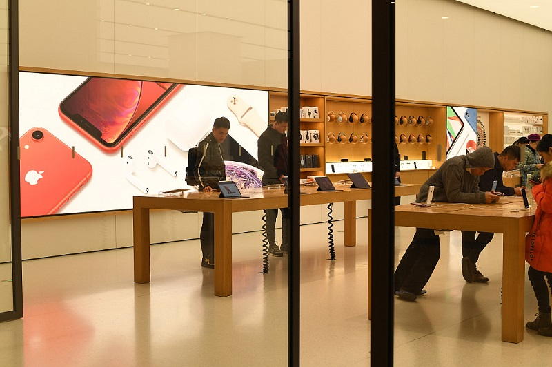 Apple's woes unnerve supply chain, may cause shake-ups in China's use and division of labor