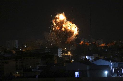 Israel strikes Hamas targets in northern Gaza in revenge for rocket fire