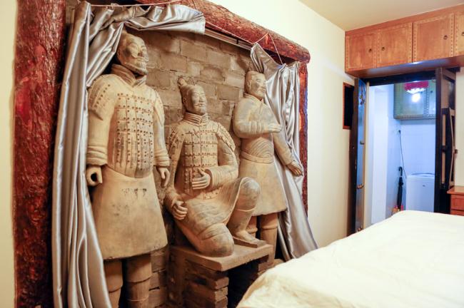 Sleeping like an emperor in China's terracotta warrior hotel