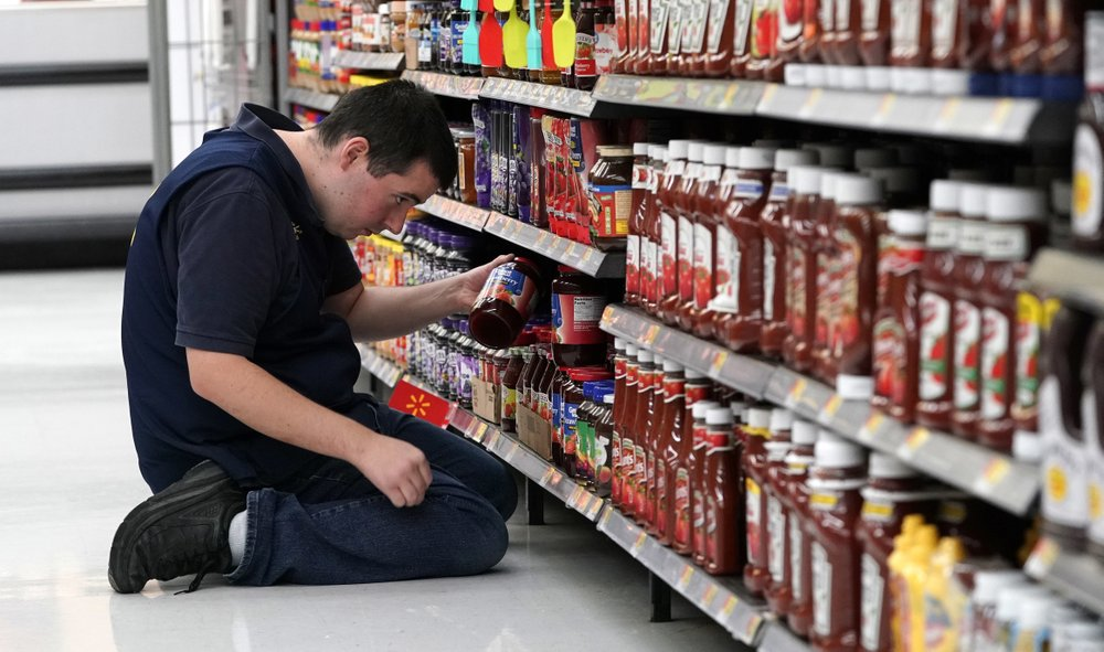 US service firms grew at slower pace in December
