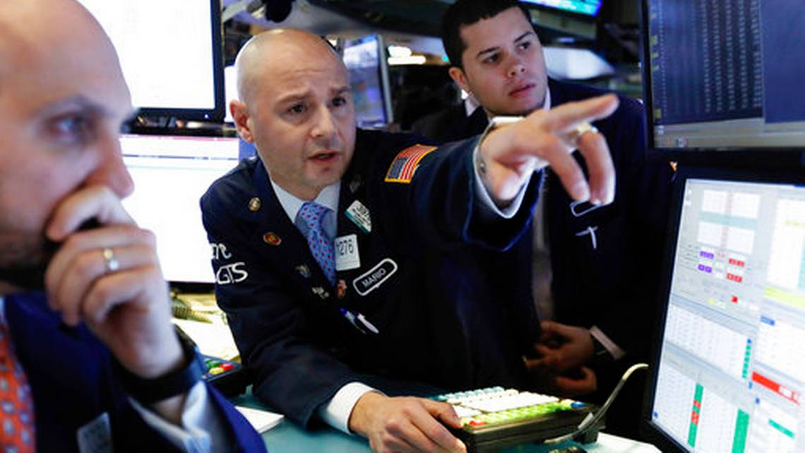 US stocks climbs on encouraging economic report