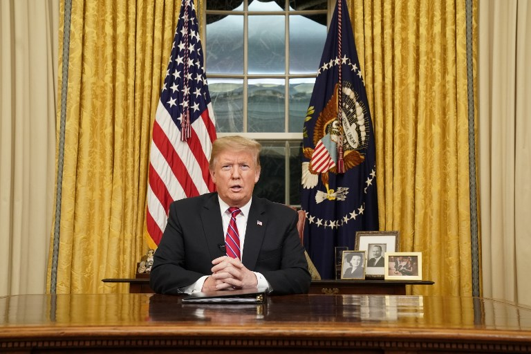 Trump urges wall funding to fix border 'crisis'