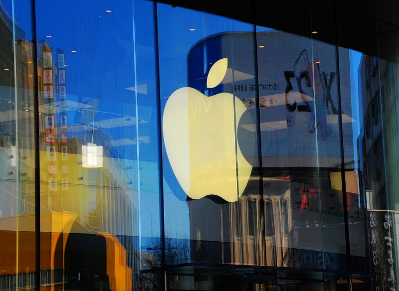 Are Apple's sales a barometer of China's economy?