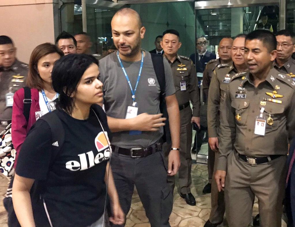 Australia considering resettlement for runaway Saudi woman